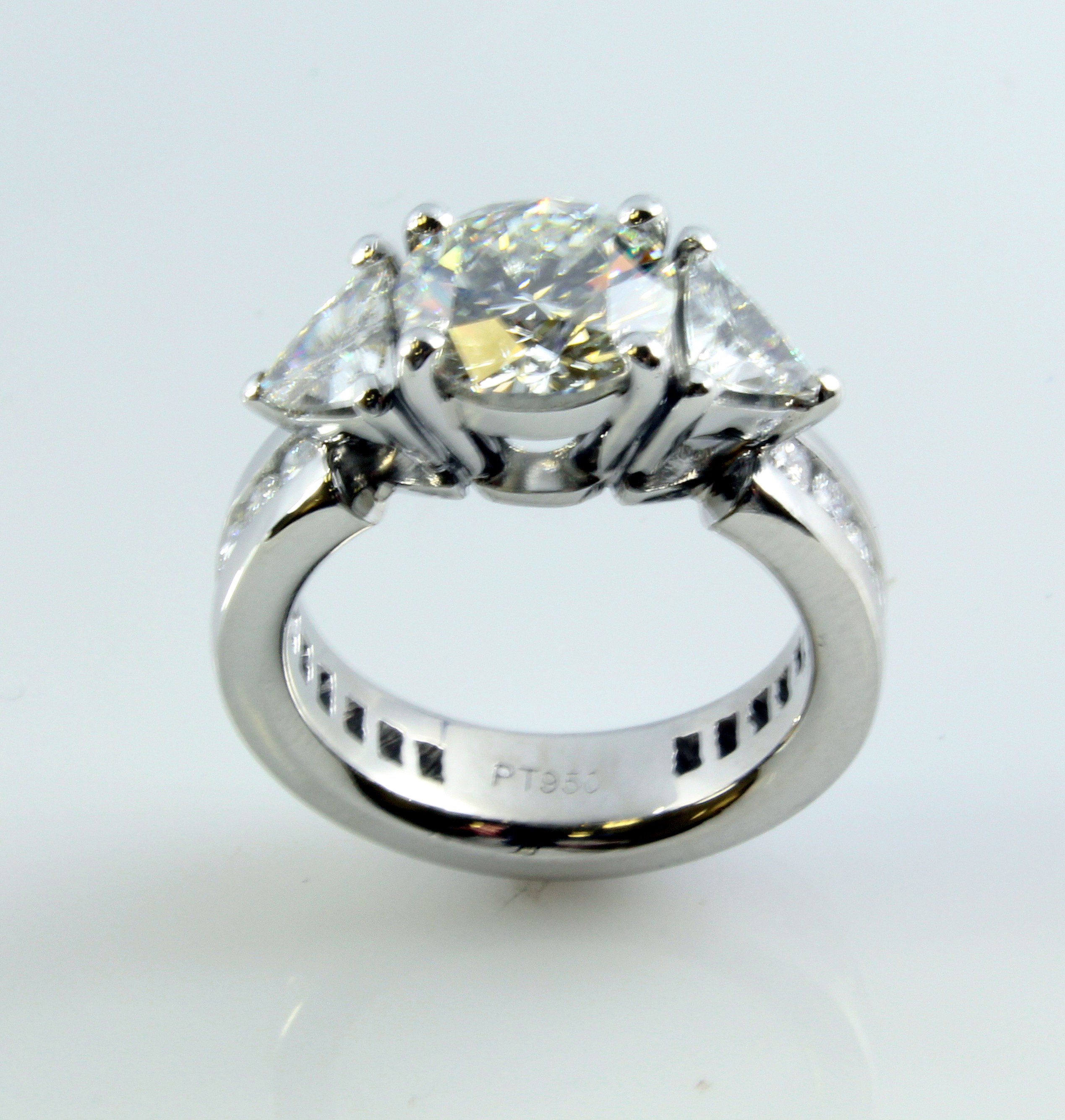 trillion settings rings com center stone cut diamond aiboulder ring engagement eternity