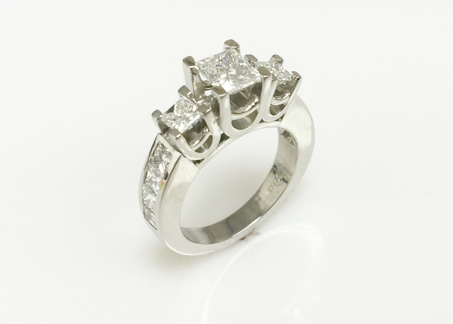 Mary Three Stone Ring side view