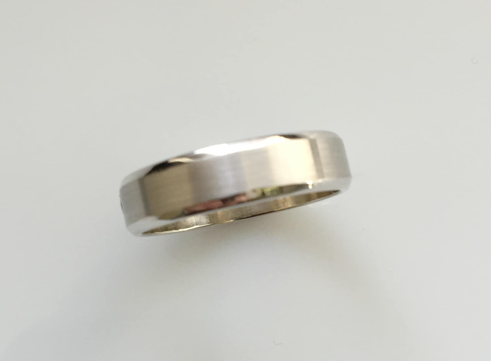 Alex Beveled Mens Wedding Ring