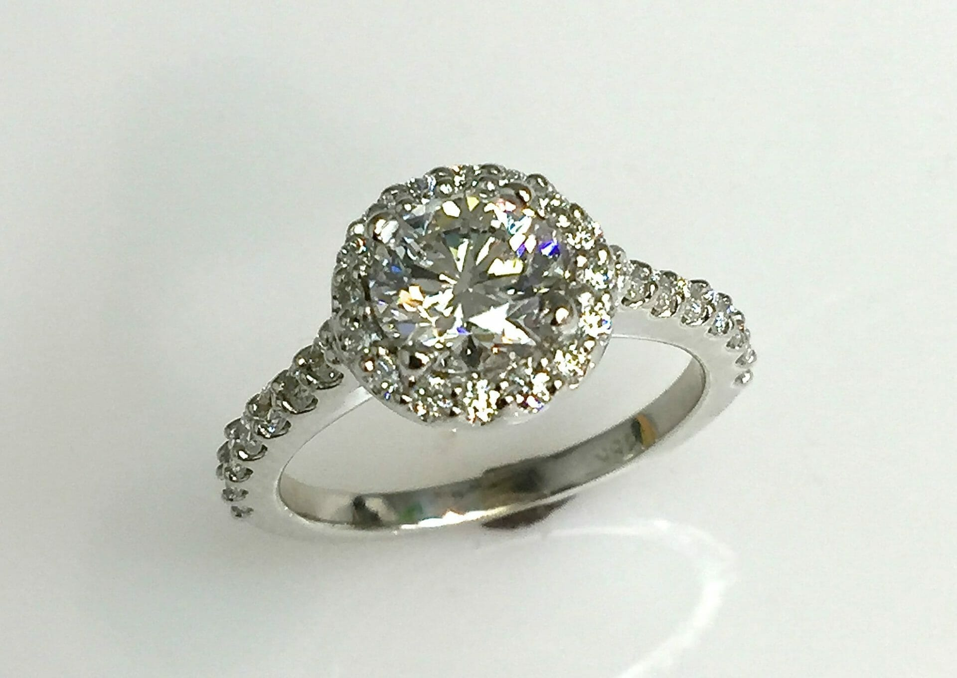 Roberta Diamond Halo Ring