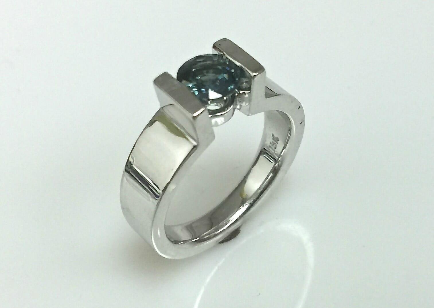 Tina Bar Set Sapphire Solitaire Ring