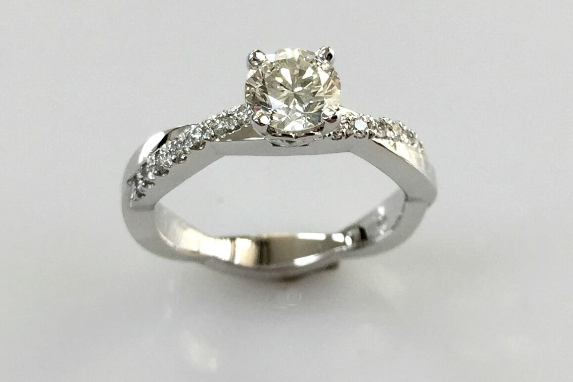 18k white gold solitaire diamond ring side view
