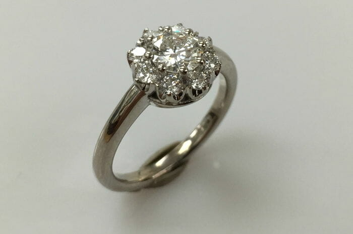 18k white gold halo diamond ring