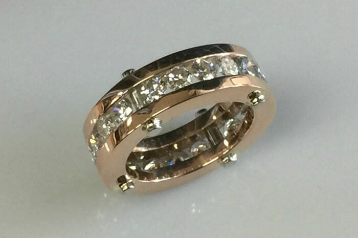 contemporary rose gold diamond wedding ring