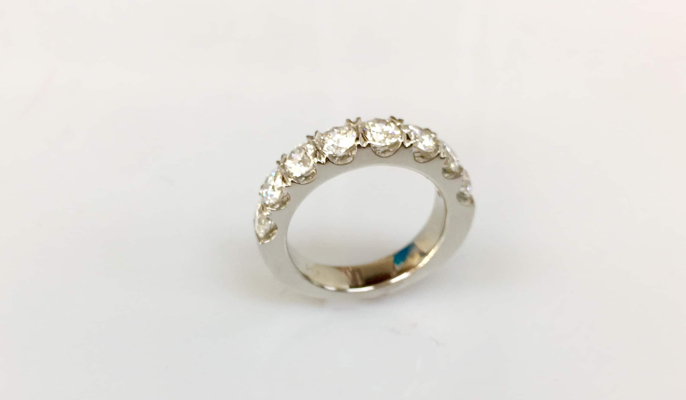 Beverly Eight Stone Diamond Ring